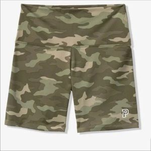 PINK Victoria's Secret Shorts - NWT VS PINK LARGE CAMO SET